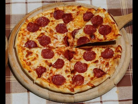 Swedish Pizza Vs American Pizza Youtube