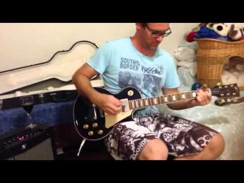 Les Paul Traditional through FenderMustand