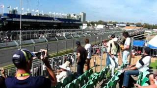 Speed Comparison 2009 Australian Grandprix BMW 135i vs V8 Supercar Murphy vs 2008 BMW Sauba F1 car