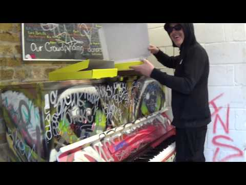 how-germs-and-viruses-breed-at-public-pianos