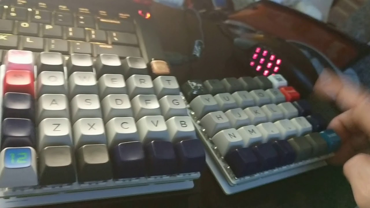 Nyquist mechanical programmable keyboard kit with Kailh heavy pale blue  switches