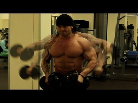 Как быстро накачать огромные плечи?