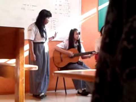 Ungu - Jika itu yang terbaik ( gitaris nya cantik:p )