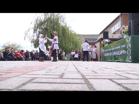 """В Лиде прошел областной фестиваль-праздник бытовых танцев """"Танцуем па-даўнейшаму"""""""