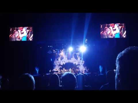 "Josh Groban at Starlight with Sarah McLauchlan-Snow Patrol's ""Run""; ""Arms of the Angel"""