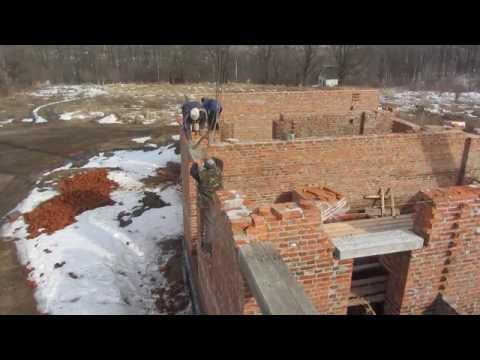 Установка ж.б. перемычек при строительстве дома