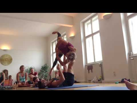 Yoga of Trust Case Study: AcroYoga Master Sessions (Daniel Scott Yoga)