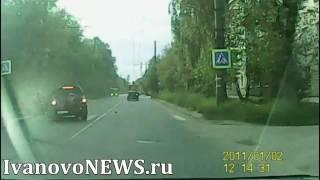 В Иванове после столкновения перевернулся автомобиль