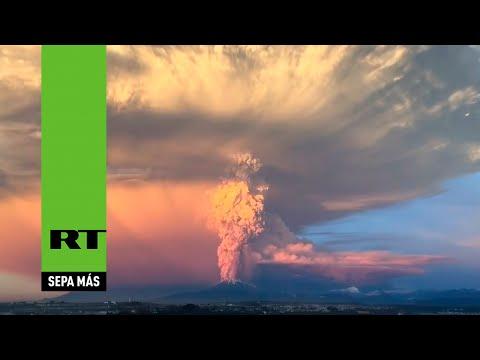 Impactante erupción del volcán Calbuco en Chile