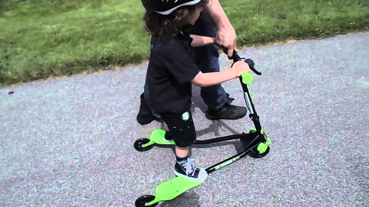 Y Fliker Scooter >> Yvolution Y Fliker A1 Air Scooter, Black/Green - YouTube