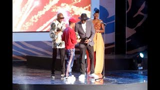Video: Watch moment when WIZKID receives Two Awards at The AFRIMA AWARD 2017