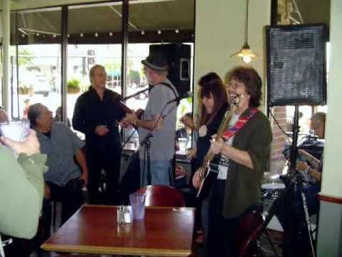Adams Avenue Unplugged Music Festival 2013 - VideoSlideShow