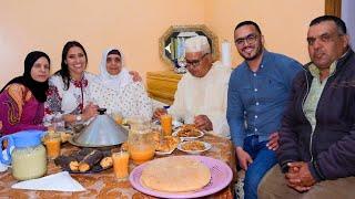 الفطور الرابع من رمضان 🤔 سارة جات والفرحة علينا دخلات 😉