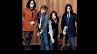 Yellow Sun - The Raconteurs (lyrics)