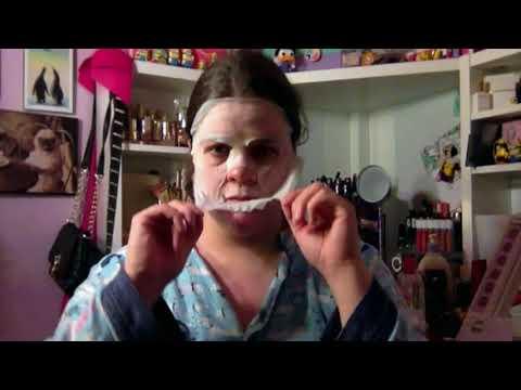Mask Monday: St  Ive's Oatmeal Sheet Mask