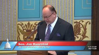 Sen. Runestad speaks on resolution securing electronic data