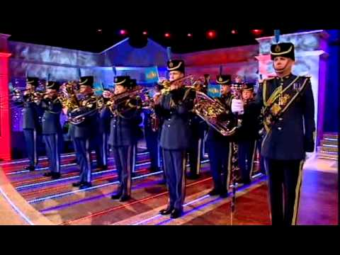 RAF Central Band - 633 squadron - Alan Titchmarsh