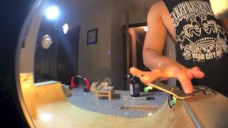 Homemade Fingerboard Halfpipe and Sesh