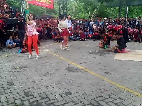 Samboyo putro Bidadari kesleo live Bdi kediri