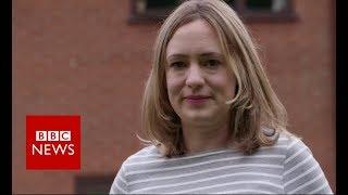 Hernia mesh complications 'affect more than 100,000' - BBC News