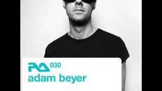 Adam Beyer & Lenk Feat. Tiga - Heartbreaker