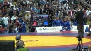 Sushil Kumar gold medal fight Vs Alan Gogaev at World wrestling championship 2010 Moscow. HD.mp4