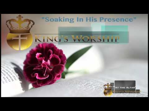 Soaking In His Presence- Worship Instrumental Piano Prayer Music