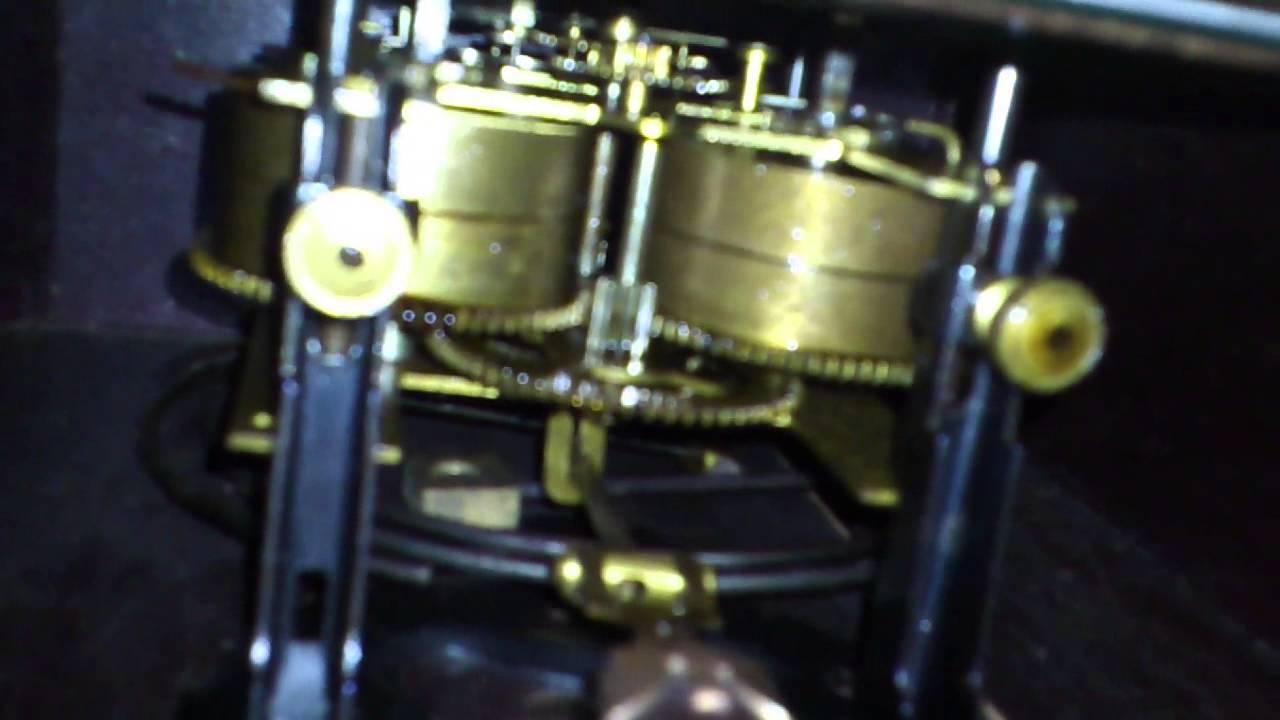 varietà di disegni e colori abile design stile popolare Meccanismo orologio a pendolo
