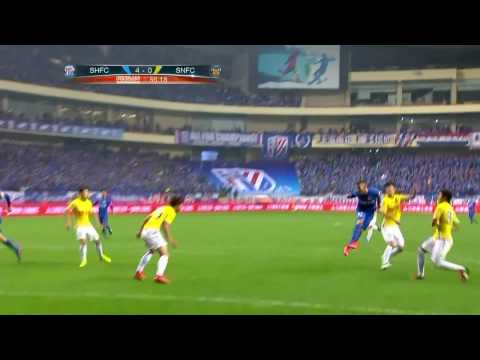Carlos Tevez stars as Shanghai Shenhua win
