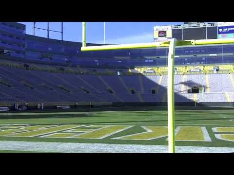 Lambeau Field: Walk from the locker room