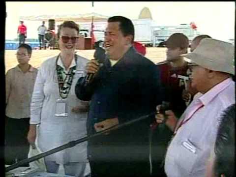 Chávez bautizó los bonos Petro Orinoco cantando ranchera