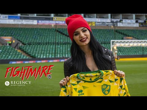WWE Superstar Paige Visits Carrow Road