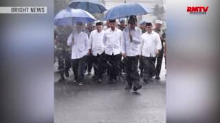 Payung Biru Jokowi Beli Dimana ?