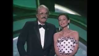 Gregory Peck & Audrey Hepburn in 1988 Oscar Award Ceremony