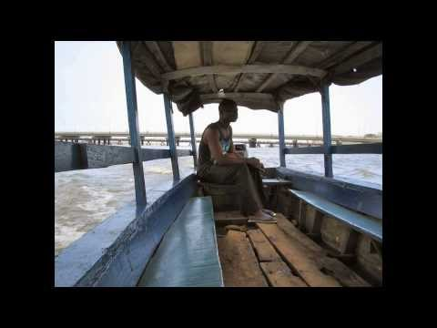 African river trip - Cotonou lagoon June 2003. Rep du Benin.