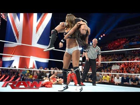 AJ Lee vs. Brie Bella: Raw, November 10, 2014