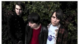 The Cribs - Back To Black (Amy Winehouse Cover)