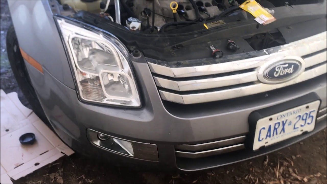 2006 - 2009 Ford Fusion: How to Change Low Beam HeadLight,right side
