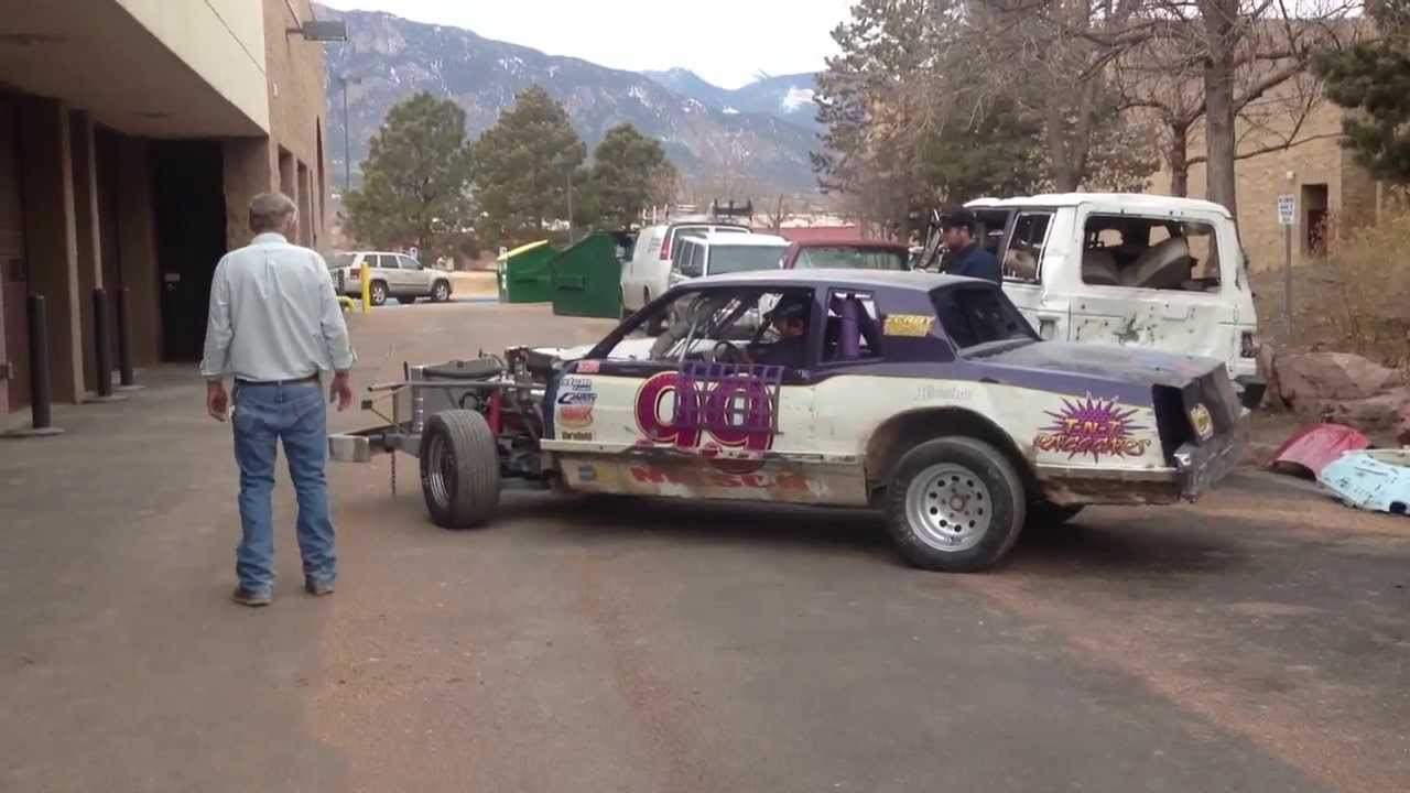 Dirt track race car start up & burn out - YouTube