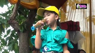 Video PUTRI RAHARDIAN -SAMBALADO - OM. GHIBAS download MP3, 3GP, MP4, WEBM, AVI, FLV Desember 2017