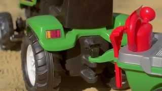 Traktor, ciągnik z przyczepą + akcesoria do piasku: łopatka, grabki, konewka FALK 2047E