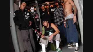 Play Problem Addict (Feat. Kottonmouth Kings & Tech N9Ne)