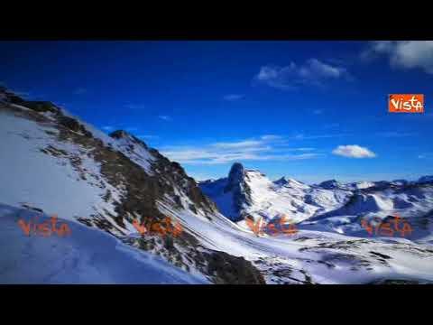 Lo spettacolo delle Alpi Marittime visto da 2600 metri di altezza