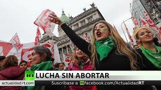 Argentina: cientos de mujeres demandan nuevamente el aborto legal