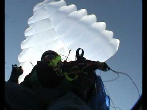 Guided Mayday - управляемый парашют типа Рогалло (Rogallo)