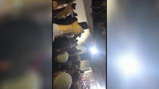 جنبلاط يخاطب حشوداً أمام مستشفى نُقل إليها القتيل علاء أبو فخر .. التفاصيل؟