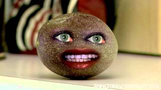 The Annoying Orange party and in love