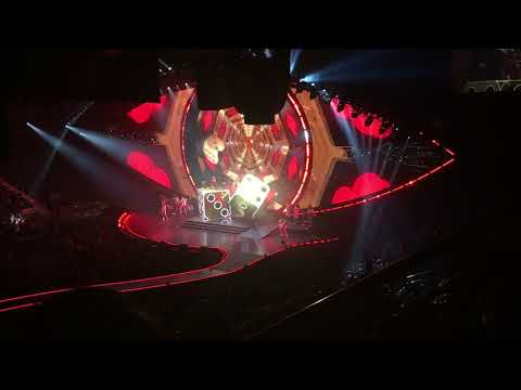 Katy Perry - Roulette LIVE NYC 10/02/17