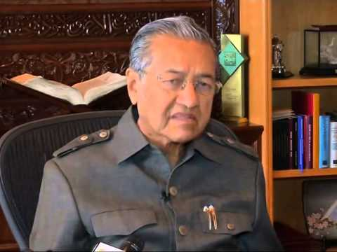 Exclusive: Former Malaysian PM says nothing to hide in MH370 search
