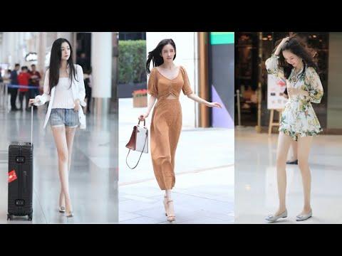 Tik Tok China #18 Pretty Girls Mejores Fashion Walking Style Street Dress Outfit.  抖音時尚網紅街拍合輯。